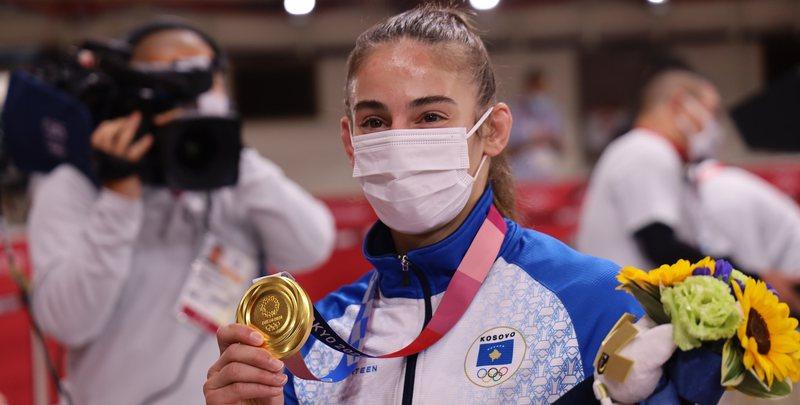 Nora Gjakova shkruan historinë, e artë olimpike, Kelmendi
