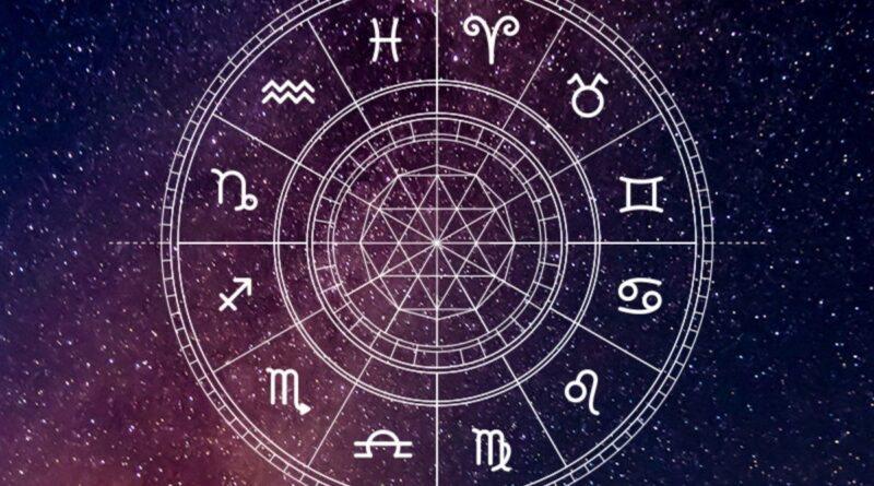 Astrologu: Shenja më me fat e muajit gusht dhe më pak e favorizuara