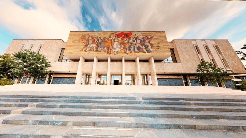 Rikonstruktimi i Galerisë së Arteve dhe Muzeut Kombëtar peng prej