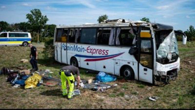 Aksident i rëndë/ Autobusi nga Serbia del nga rruga, plagosen 19