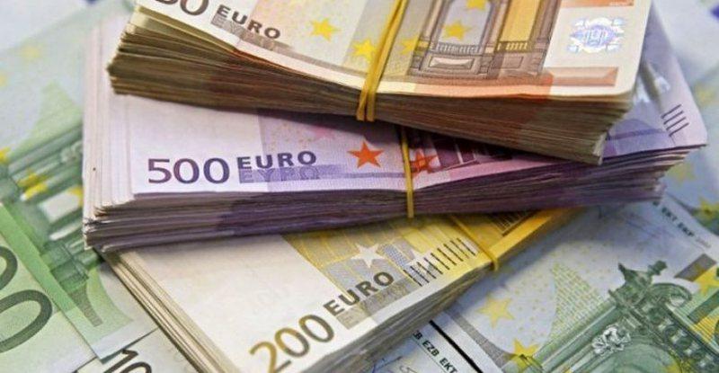 Çfarë po ndodh me Euron? Zbret në nivelin më të