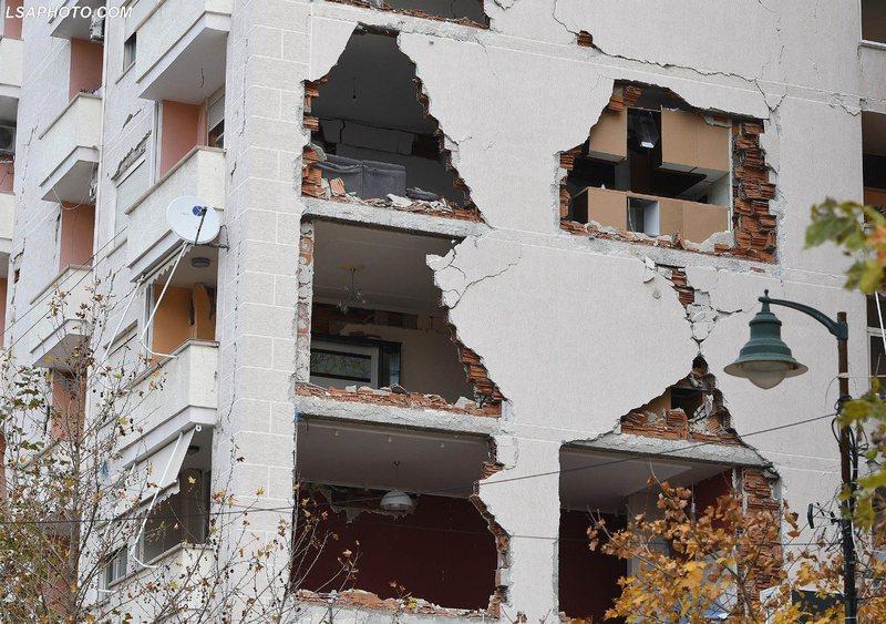 Tërmeti, ja 28 pallatet që do të shemben në Tiranë dhe