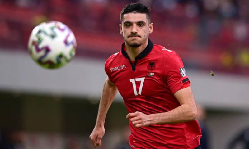 Broja shpëton nderin e Rejës, Shqipëria mposht Hungarinë dhe