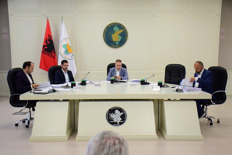 KQZ nis procedurat për mandatin e Berishës, ish-kreu i PD gati të