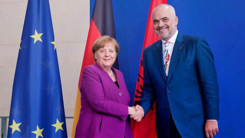Vizita e Merkel në Tiranë, Policia njofton masat e marra: Rrugët
