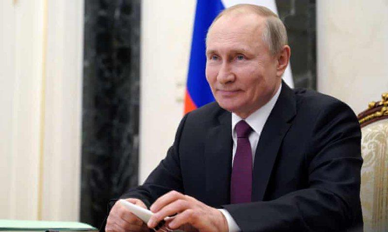 Koronavirusi prek njerëzit afër tij, Presidenti i Rusisë merr