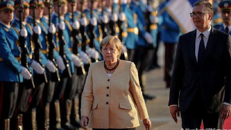 Deutche Welle: Merkel po largohet pa i zgjidhur disa probleme