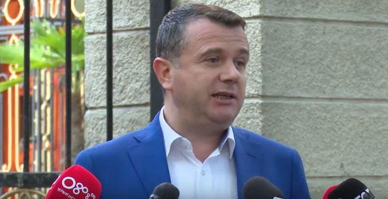 E larguan nga Elbasani, Taulant Balla flet si drejtues politik i Fierit: I jemi