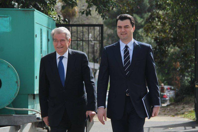 Përplasja mes Berishës dhe Bashës, analisti i njohur