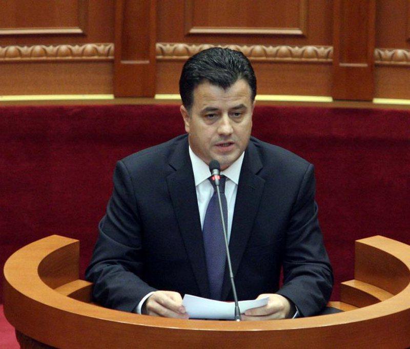 Flamur Noka harshly criticizes Lulzim Basha: It is not fought by tearing the