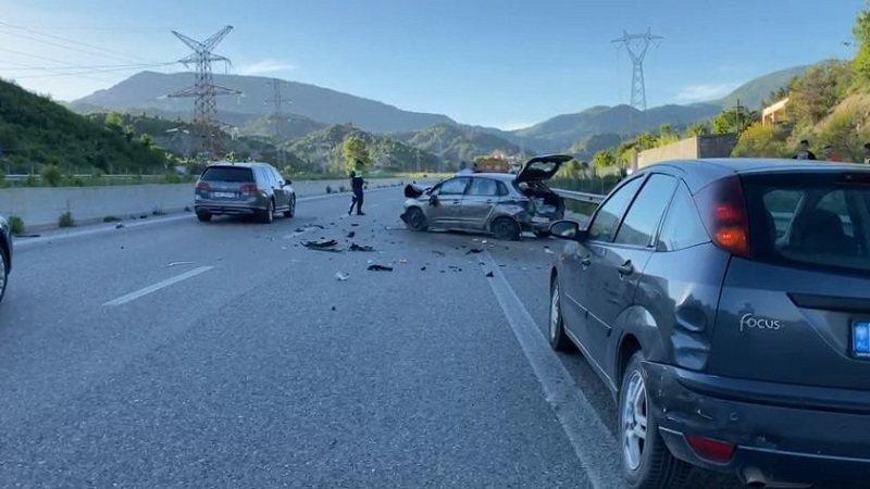 Aksident i rëndë në rrugët e vendit, dy të plagosur