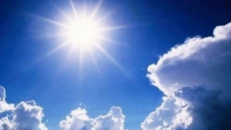 Moti me diell dhe temperatura relativisht të larta, ja si parashikohet dita