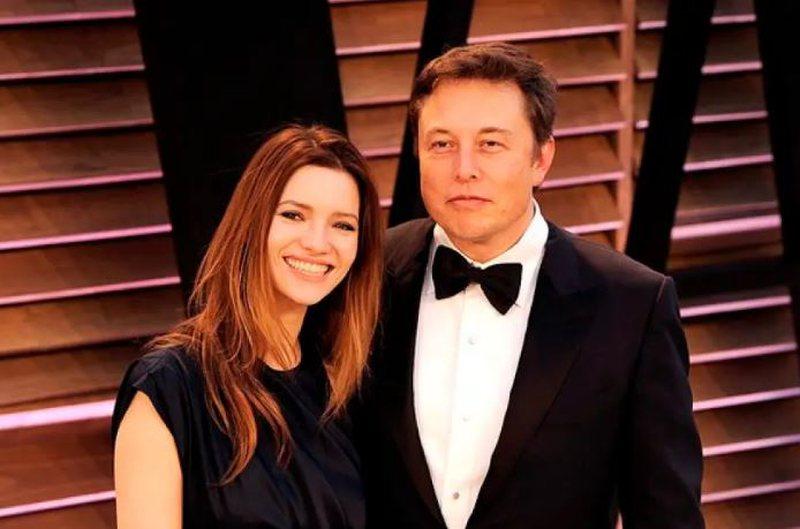 Një tjetër miliarder beqar/ Elon Musk i jep fund martesës me