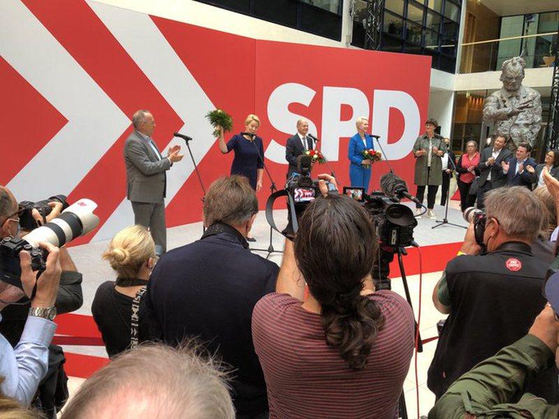 Socialdemokratët bëjnë parakalimin e fitores! Flet kancelari i