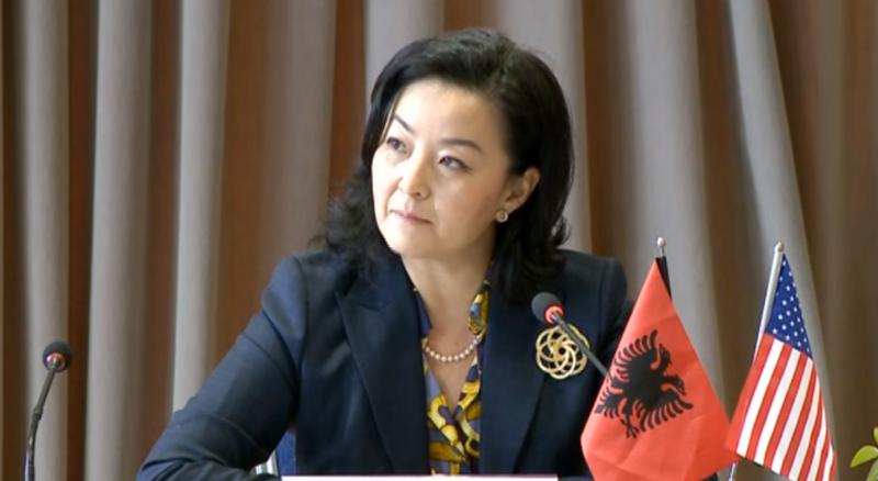 Execution of Deputy Police Commissioner, Yuri Kim reacts immediately
