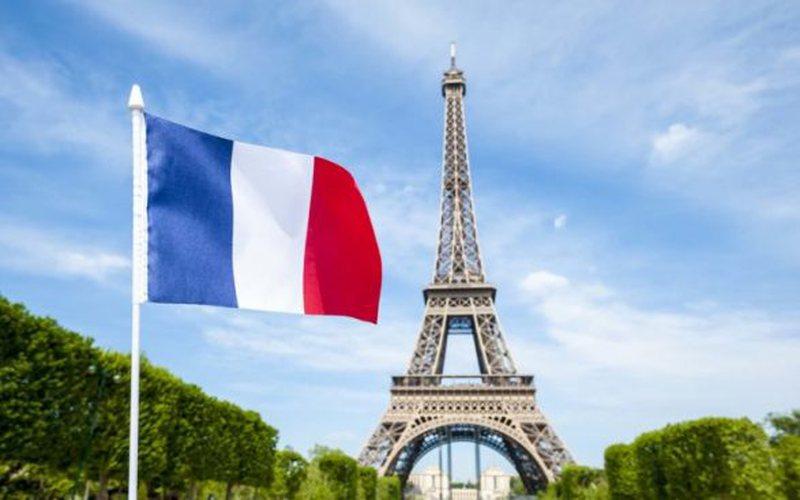 Franca nuk besohet