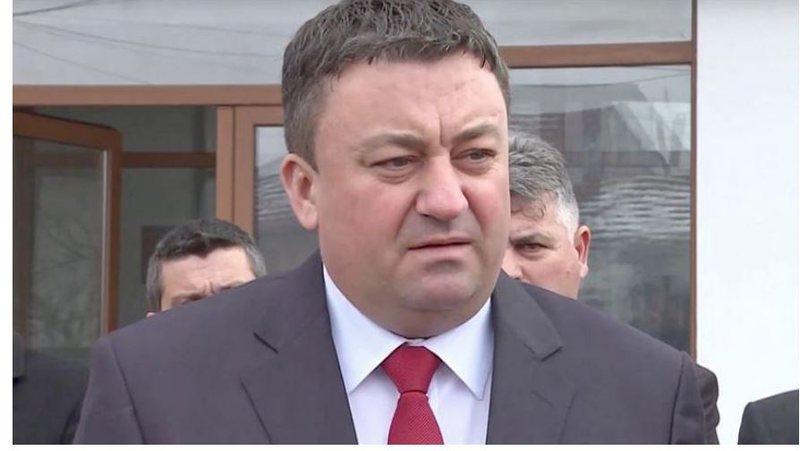 Deputeti i dënuar me burg, arratiset në Beograd