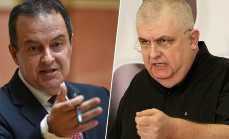 """""""Ti duhesh arrestuar"""", politikani serb përplaset me"""