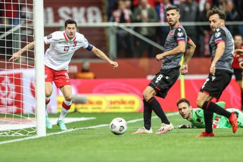 Shqipëri-Poloni, legjenda Agustin Kola bën parashikimin e ndeshjes