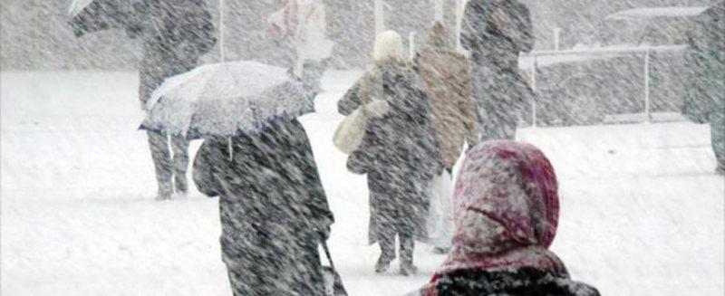 """""""Po mbërrin stuhia më e keqe në 13 vite"""", meteorologu"""