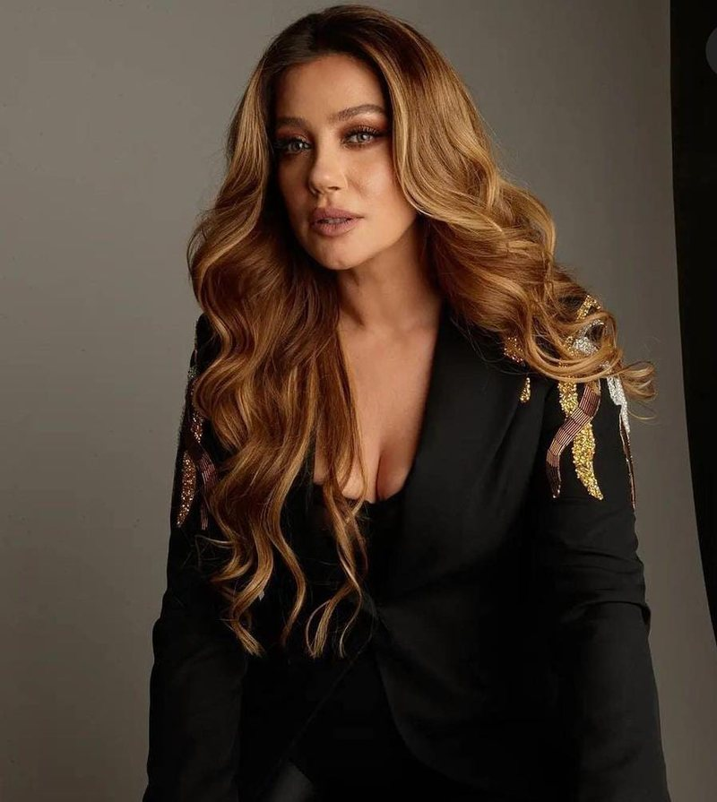 """""""I wanted to commit suicide"""", actress Arjola Demiri recounts the"""