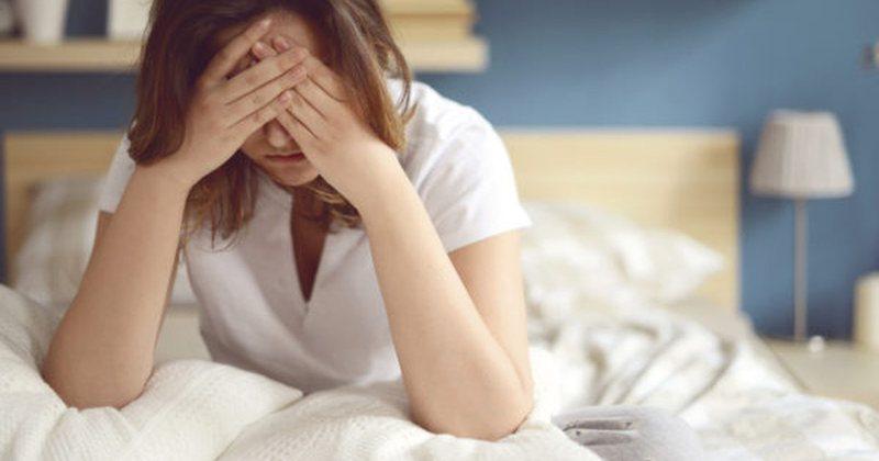 Çfarë tregon dhimbja e kokës në mëngjes