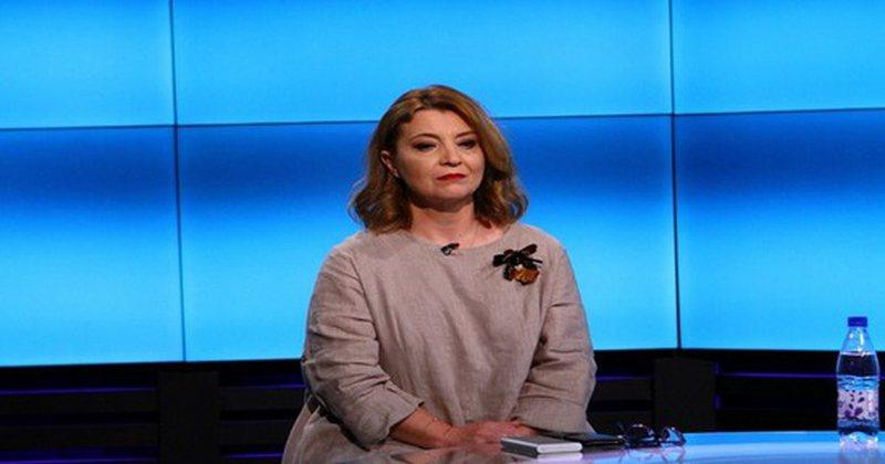 "Edith Harxhi nxjerr informacionet ""bombë"", zbulon politikanin"