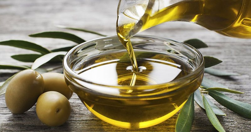 'Magic' effects: Why should you drink a tablespoon of olive oil in the