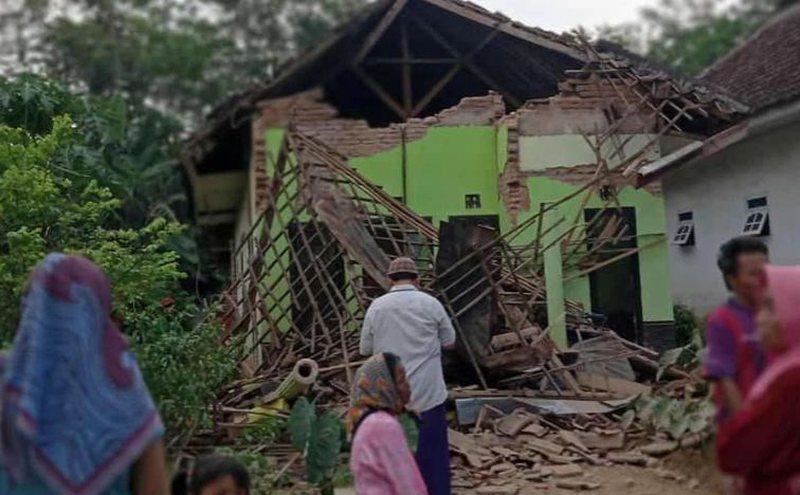 Ky vend përballet me një tërmet të fuqishëm,