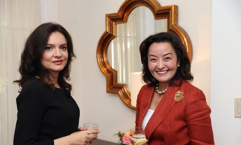 Festa e lamtumirës së diplomates amerikane, Spiropali ndan fotot nga