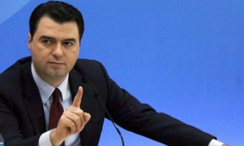 """Hoxha nuk ndal """"sulmet"""" ndaj Bashës: Ai është i"""