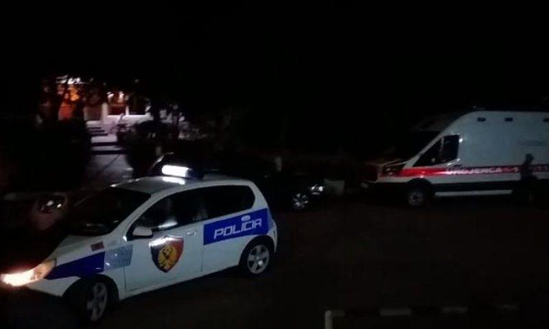 Aksident në Elbasan, makinat përplasen me njëra-tjetrën, ka